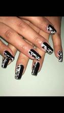 Nails-at-Shabam-Gallery-152.jpg