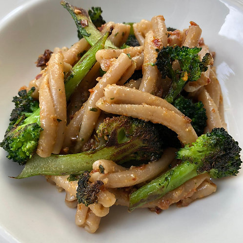 spelt casarecce pasta cooked and served with broccolini plastic free. zero waste bulk foods. horsham. Sussex. dorking. online