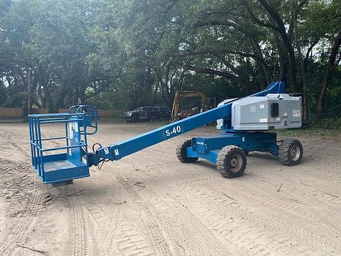 Genie S40 4x4 Diesel boom lift