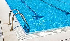 mantenimiento-de-piscinas.jpg