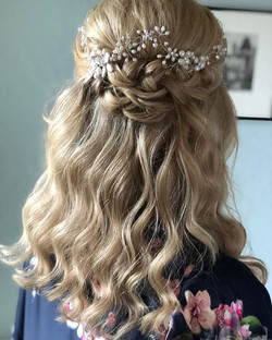 This was the beautiful brides hair from this morning! ._._.jpg