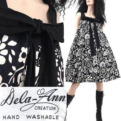 L Vintage 1960s Dela-Ann Tent Dress