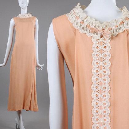 XS 1960s Vintage Peach Cocktail Dress