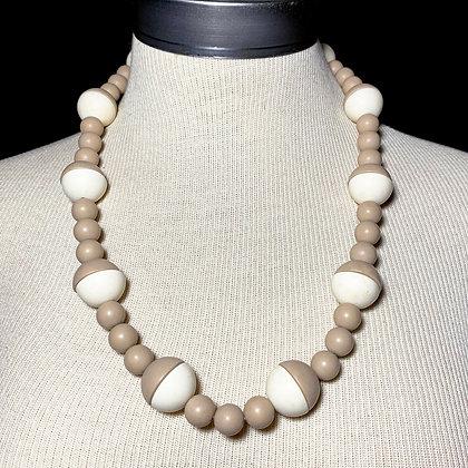 Beige & Cream Mid-Century Bead Necklace
