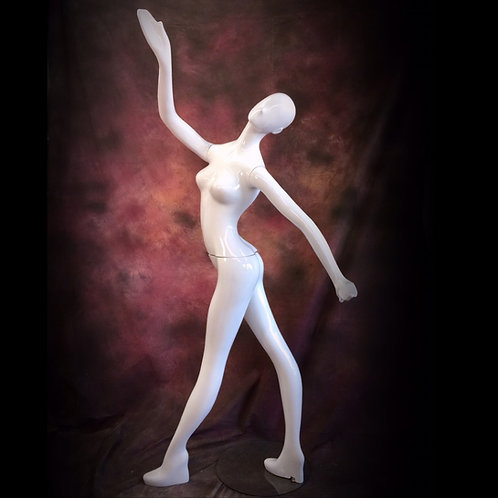 ~Move~ by Patina V Mannequin