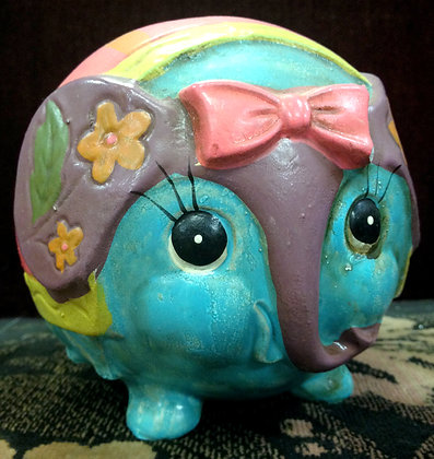 60's Roundy Elephant Bank