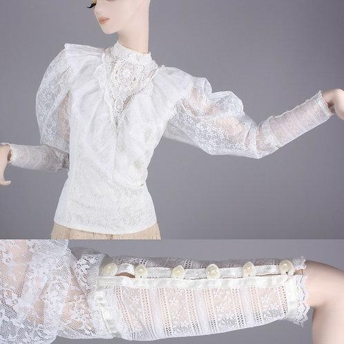 M Vintage 70s Frilly Lace White Renaissance Blouse