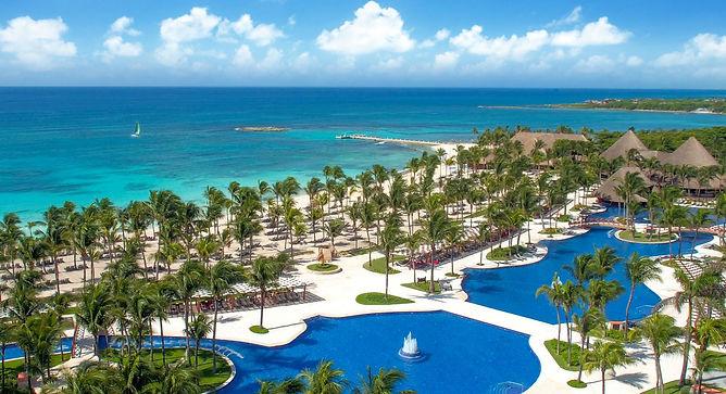 246-swimming-pool-5-hotel-barcelo-maya-c