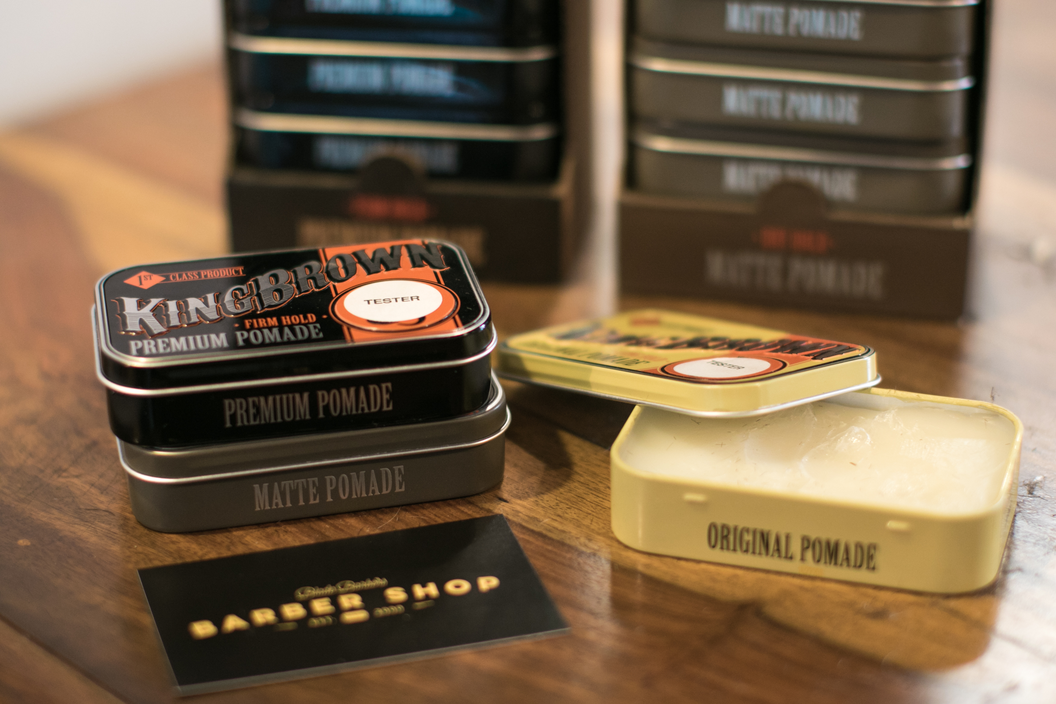 king brown pomade blade barbers byron bay haridresser