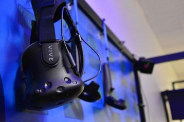 HTC Vive virtualios realybės akiniai