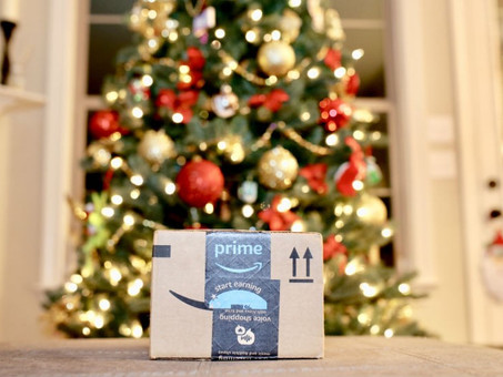 Twas the Last Delivery Before Christmas: An Amazon Christmas
