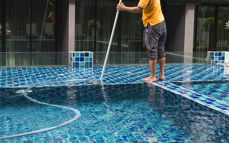 Pool Cleaning Company Near Me