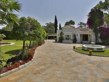 Spain: Private Villa Along the Coasts of Costa Del Sol