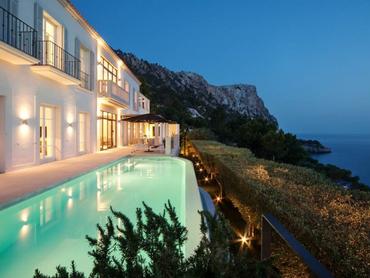 Spain: Elegant Villa with a Panoramic View in Cala Llamp, Port Andratx, Mallorca