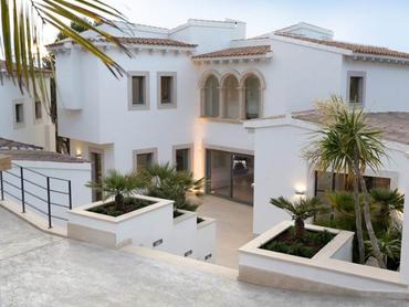 Spain: Contemporary Villa in the Heart of Santa Ponsa Golf, Santa Ponsa, Mallorca