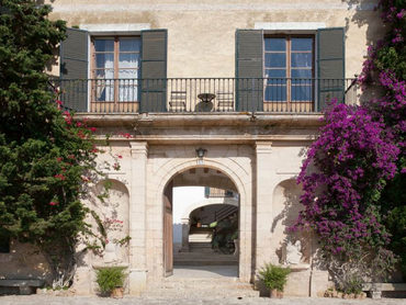 Spain: Stunning 19th Century Finca in Sa Cabaneta
