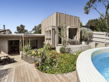 Australia: A Modern Take On A 1950's Palm Springs Classic in 76 Adelaide Street, Melbourne, Vict