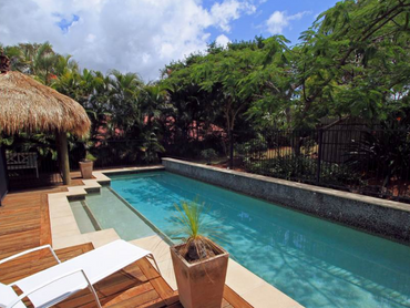 Australia: Prestigious Personal Sanctuary in 72 Riverdowns Crescent, Gold Coast, Queensland