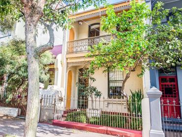 Australia: Elegant Victorian-Styled Terrace in 751 Elizabeth Street, Sydney, New South Wales