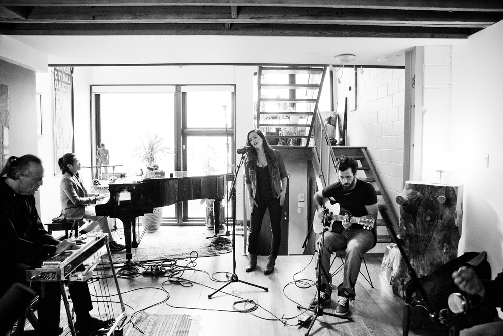 Lynn Moffatt Band performing live at The House of Strombo