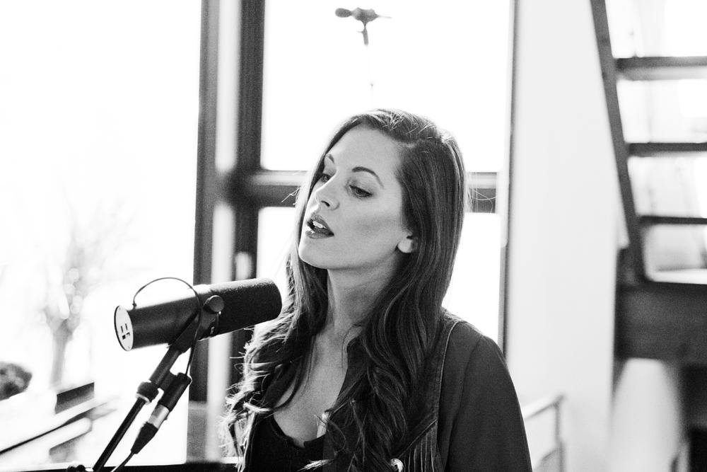 Lynn Moffatt sings Mary Gauthier cover _I Drink_