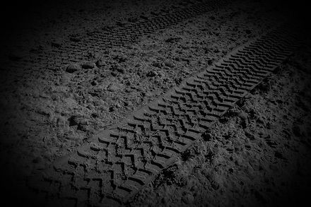 dirt tyre track image background.jpg
