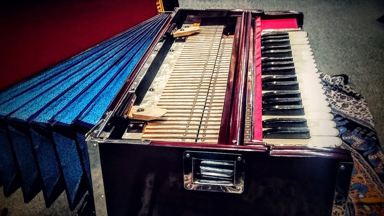 harmonium repair montreal