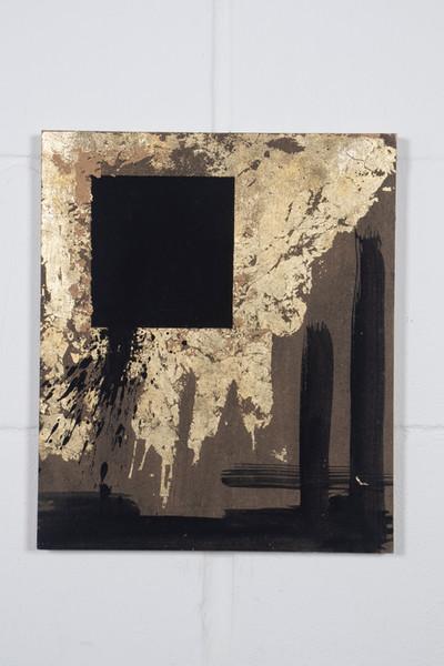 Gold n black.jpg