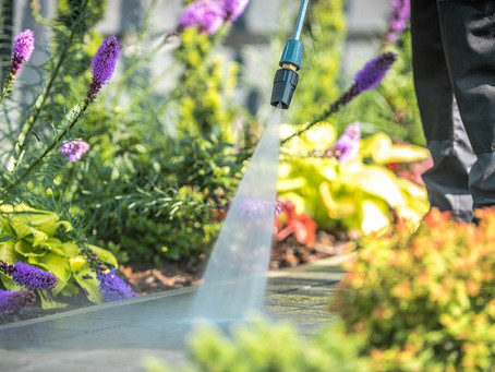 5 Simple Ways to Prepare Your Home for Spring