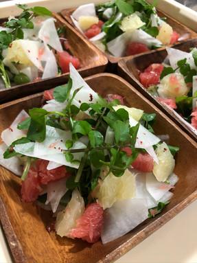 今日のお野菜は日替わりです/奄美BBQ グルメ