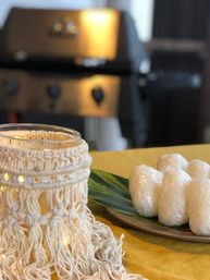 マクラメ編みのテーブルライトがお洒落です/奄美BBQ グルメ