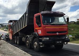 HRF Madagascar : Location Camions bennes RENAULT Kerax à Madagascar, Antananrivo (Tana)