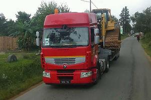 HRF Madagascar : Location porte-char à Antananarivo (Tana) , MADAGASCAR.