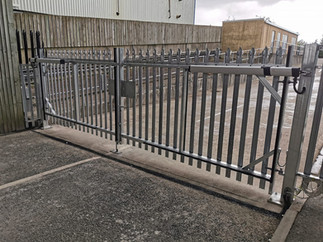 Automatic palisade swing gates installed this weekend in Cardiff City centre.