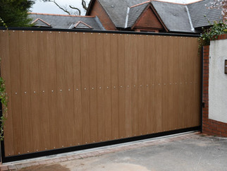 AUTOMATIC SLIDING GATE INSTALLATION CARRIED OUT IN CARDIFF, SOUTH WALES_