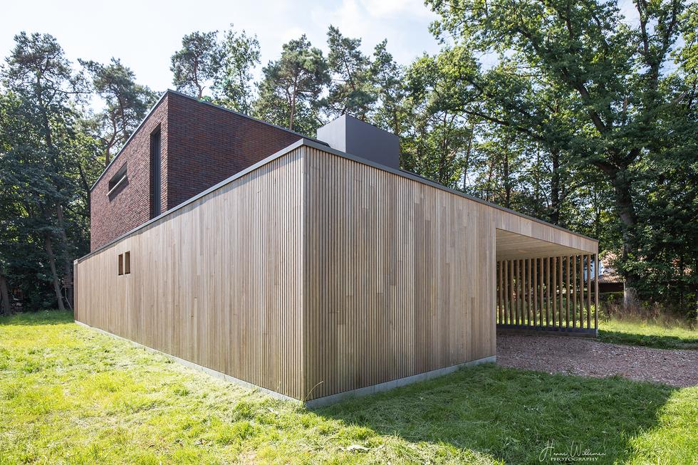 lage energie woning massiefbouw termowood baksteen eik trap carport