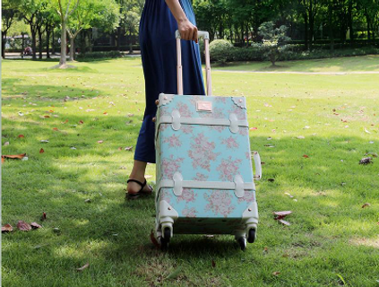 woman-suitcase-small.png