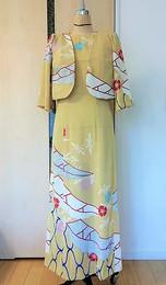 ボレロ&フレンチスリーブのドレス