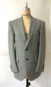 大阪でオーダースーツを作るなら、まずは相談してみませんか? | 株式会社copia
