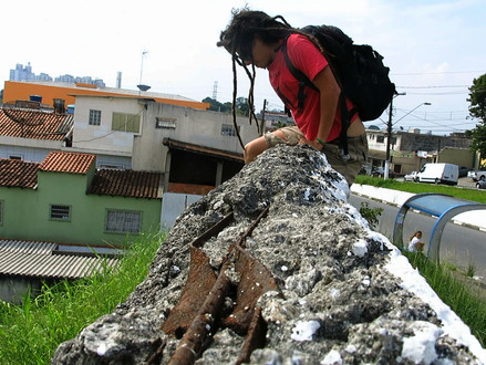 """Sobre o que sugere o trabalho dos """"Muros"""", por Pio Figueiroa"""