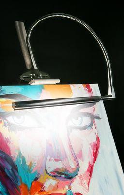 Daylight Teche Artist & Drafting Light