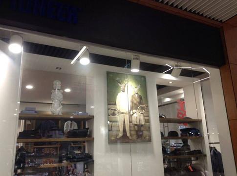 Pierre Cardin shop 2