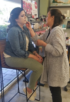 Yanet the Makeup Artist