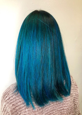 Blue%20by%20Sayuri_edited.jpg