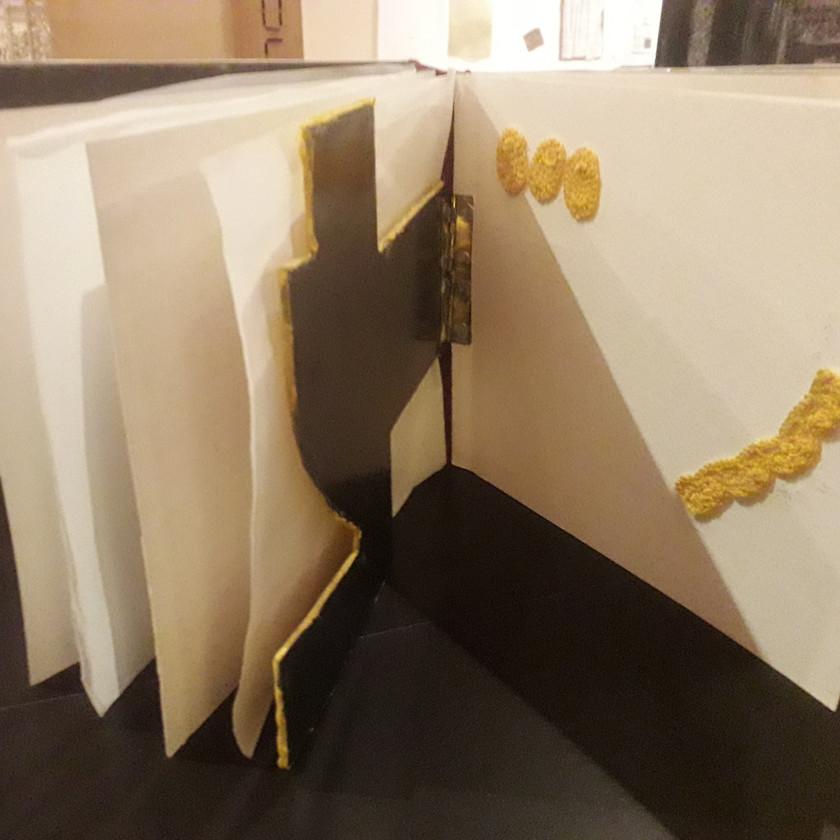 Ricami, 2018 Acciaio cartone ricami 26x16,5