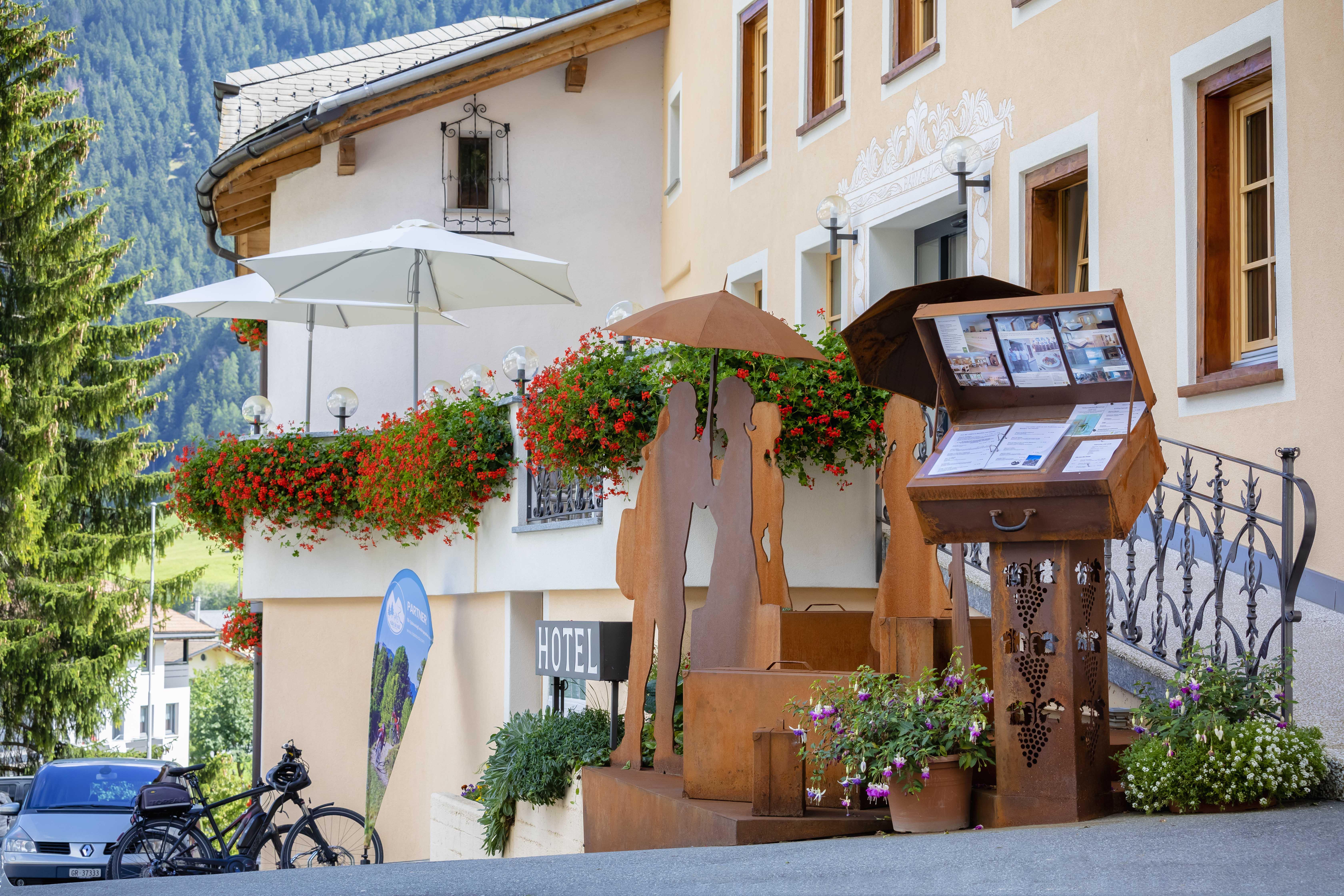 Hotel_Helvetia_Müstair