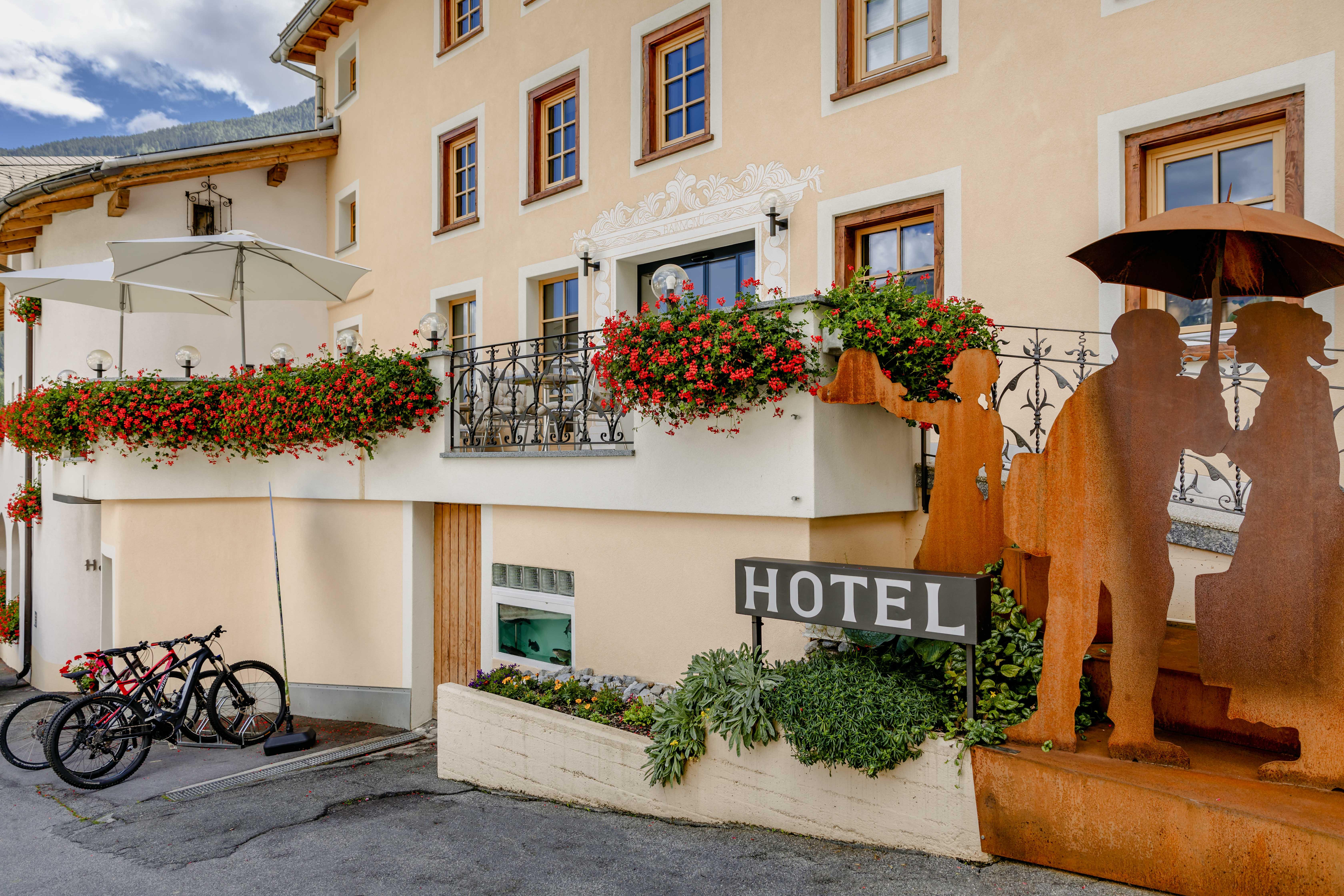 Hotel_Helvetia_Eingang