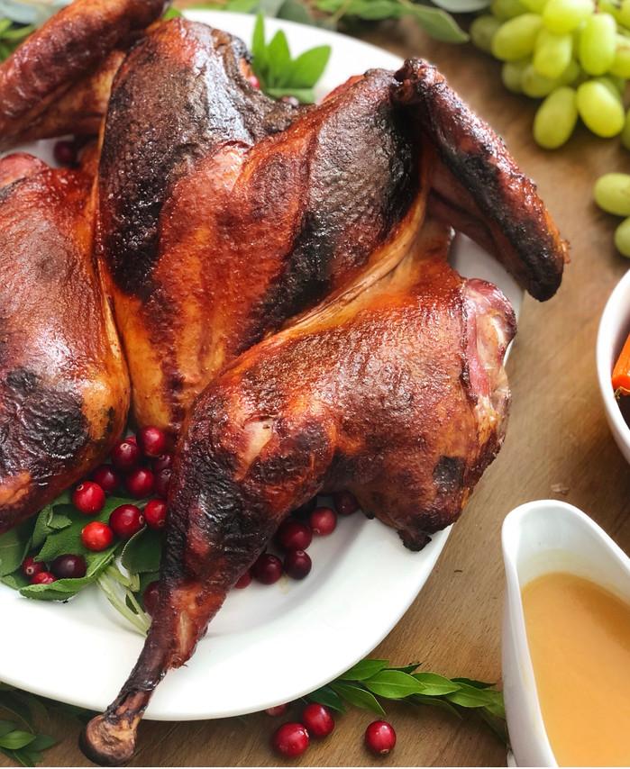 Spatchcocked Smoked Turkey with White Wine Gravy