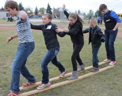 team plank walk web size.jpg