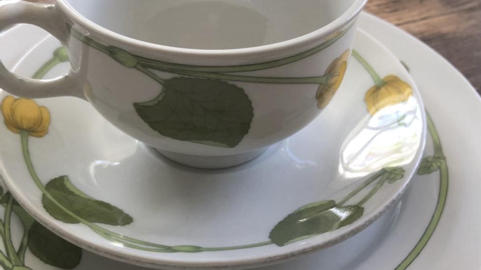 Figgjo Bekkeblom tredelt kuvert med te-kopp